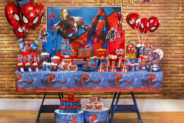 Festa do Homem Aranha. Tudo para decorar.