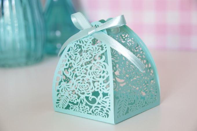 lembrancinha de casamento azul tiffany caixinha bem casado